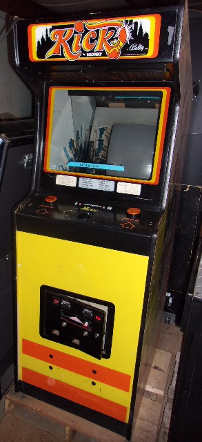 Pac Man Machine >> MIDWAY KICK Arcade Machine Game for sale - FEATURING PAC ...