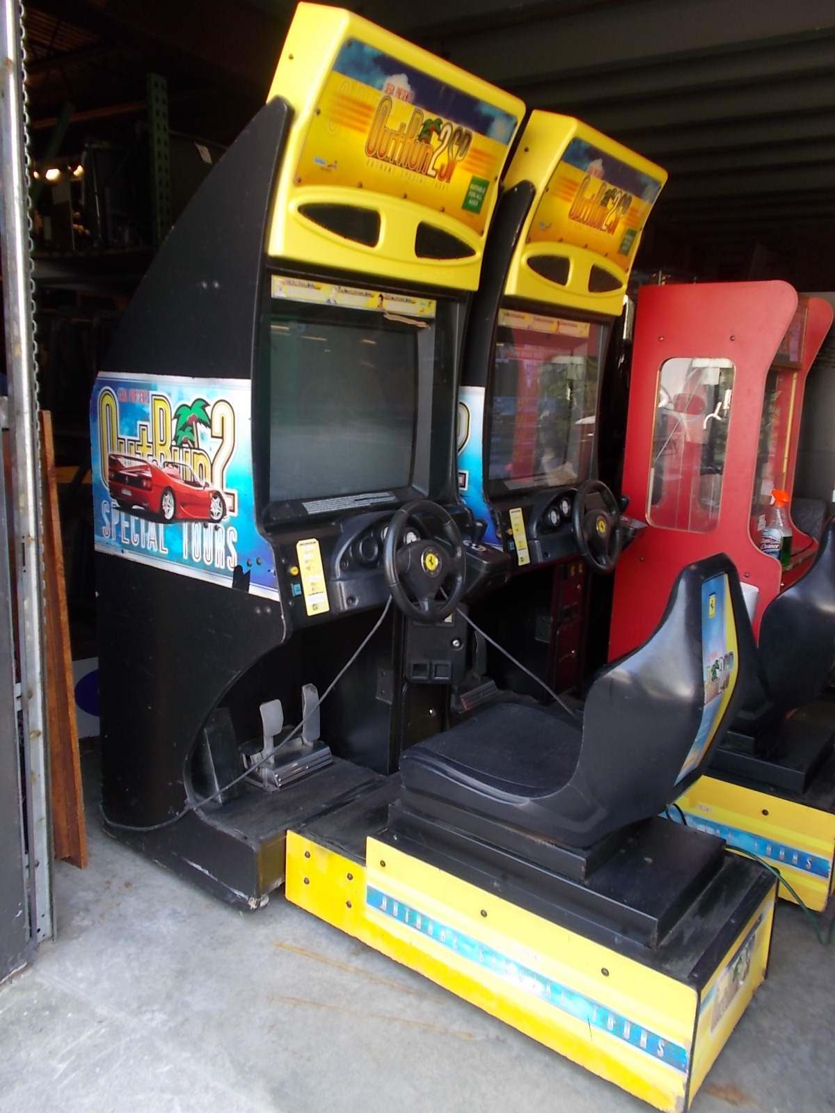 OUT RUN 2 SP Sit Down Arcade Machine Game For Sale By SEGA   FERRARI  TESTAROSSA RACING!