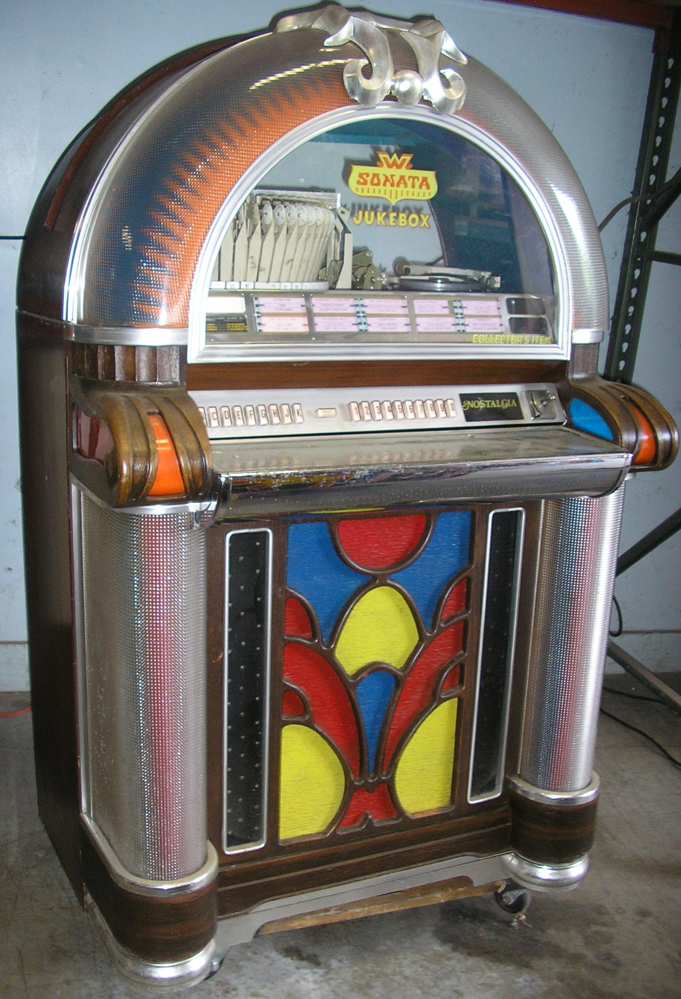 wurlitzer sonata 1050 jukebox for sale play 39 s 45 39 s. Black Bedroom Furniture Sets. Home Design Ideas