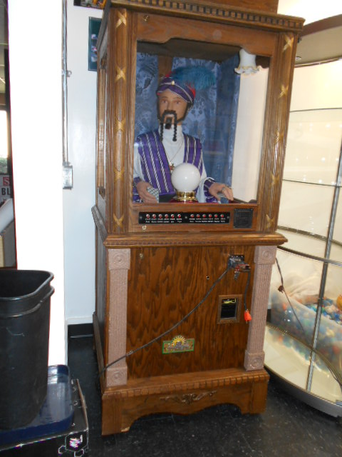 Zoltar Fortune Teller Arcade Game Machine For Sale With