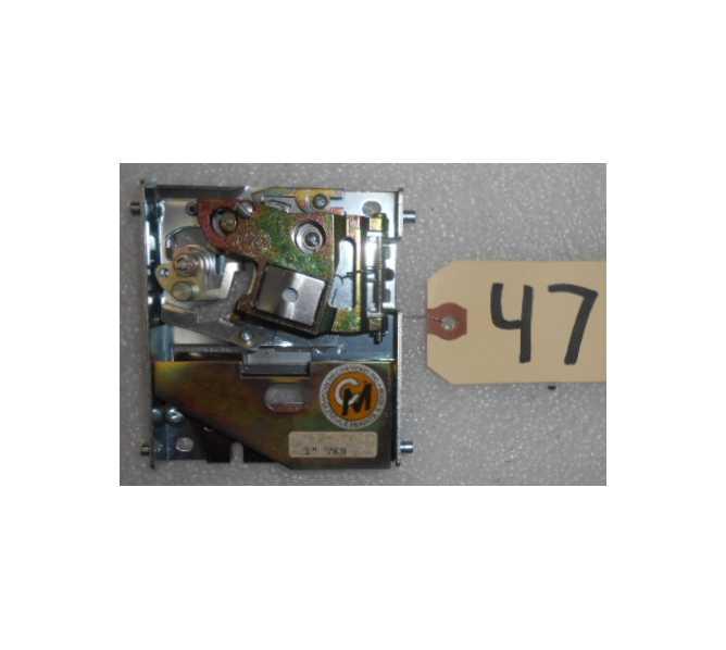 "COIN MECHANISMS, INC. 100 Series Metal Coin Acceptors  /  1"" Token Mechanism for Amusement Machines #10530048 for sale - BOX of 18"