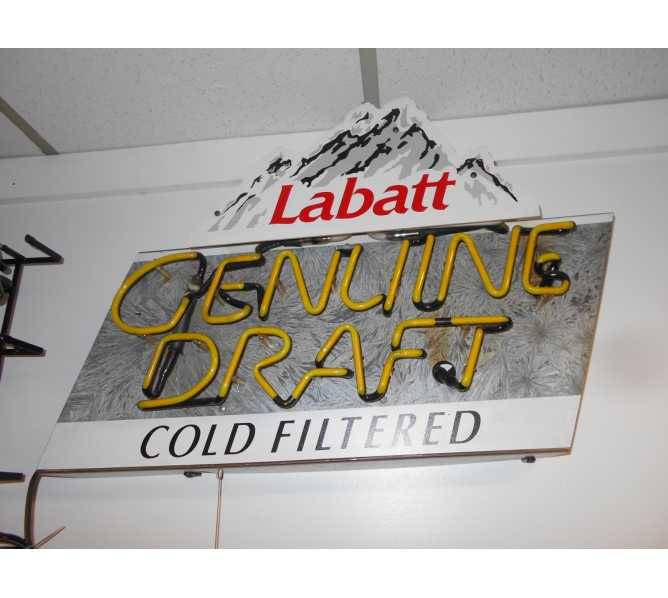 Labatt Genuine Draft Cold Filtered Neon Advertising Promotion Electric Bar Sign For Sale