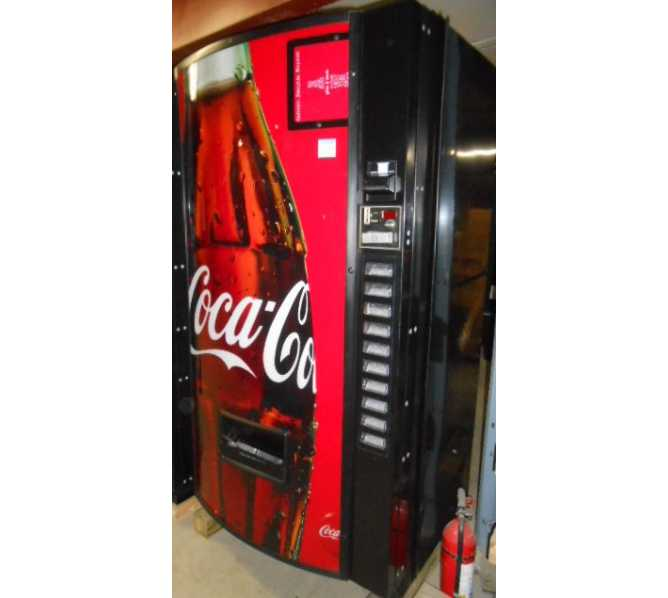 Royal 650-10 RVCDE Merlin IV 10 SELECTION SODA COLD DRINK Vending Machine for sale