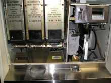 ROWE BC-3500 $ BILL CHANGER HEAVY DUTY-$1s/5s/10s/$20s Dispenses qtrs/tkns/etc